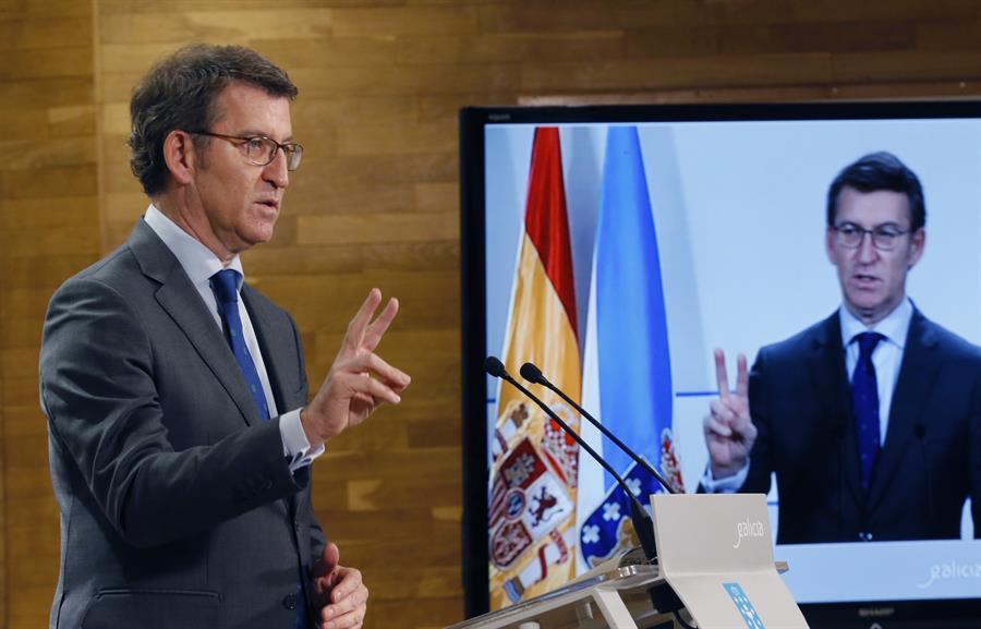Feijóo da por hecho que se endurecerán las restricciones en Galicia