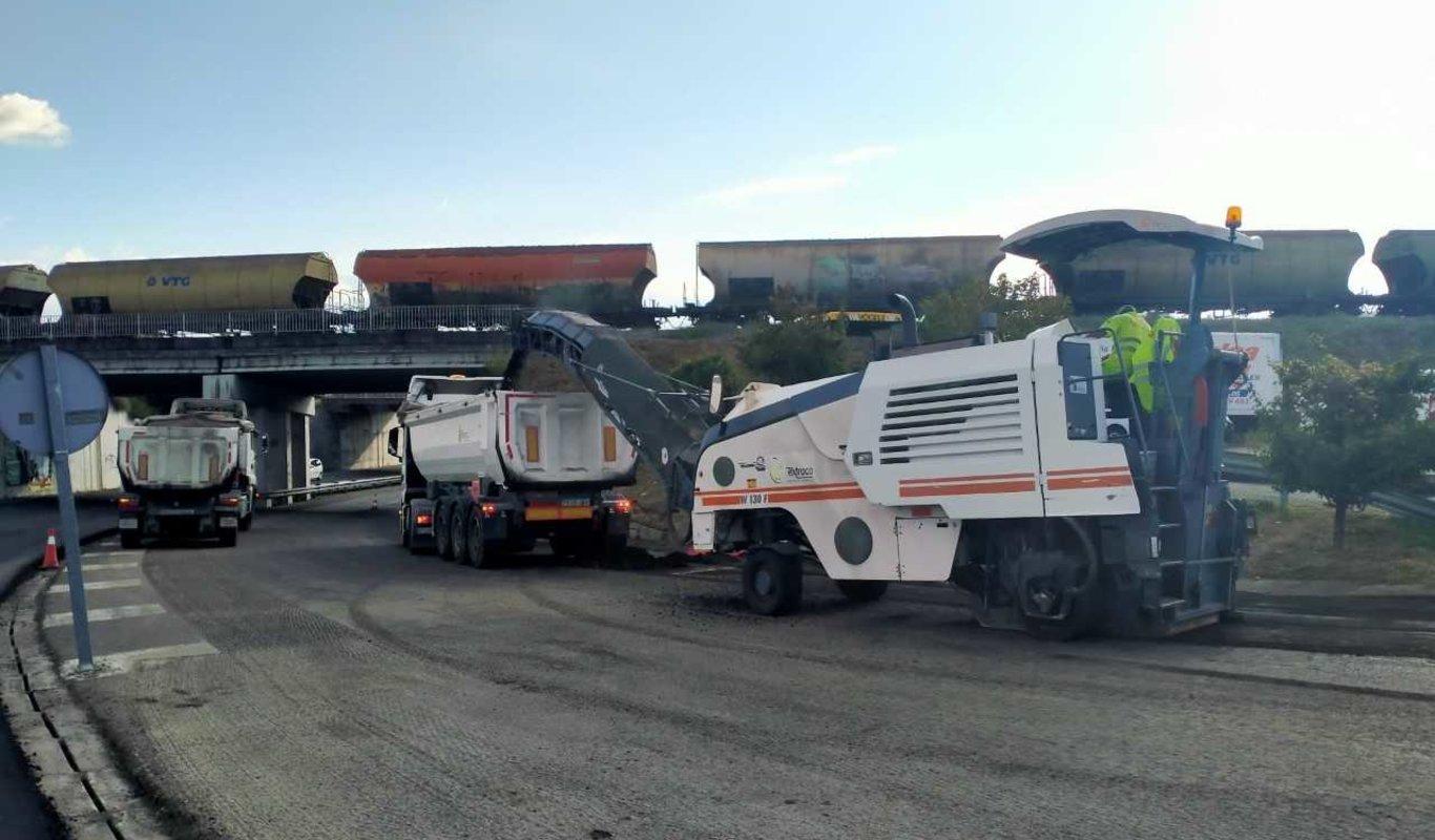 Obras en los accesos a los polígonos de San Cibrao y Pereiro