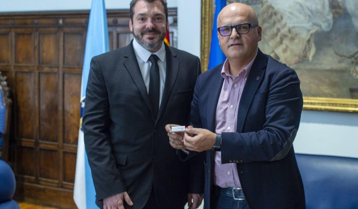Diego Martínez Duro y Manuel Baltar, ayer en el Pazo Provincial.