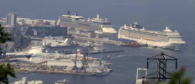 Cuatro grandes cruceros en vigo unknown lbum la - Puerto de vigo cruceros ...