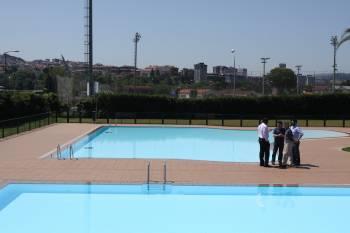 Las nuevas piscinas de oira abrir n a partir de ma ana for Piscinas en ourense