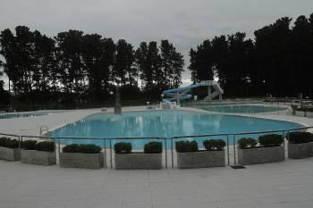 Las piscinas ultiman su apertura en este mes ourense for Piscinas en ourense