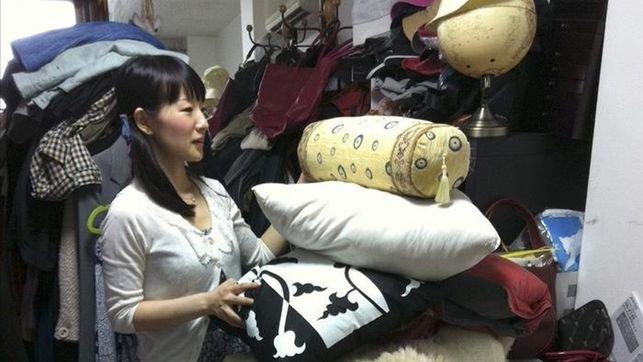 Una japonesa te ense a a ordenar tu casa tendencias la regi n diario de ourense y su - Libro orden japonesa ...