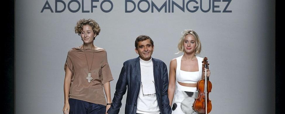 Adolfo dom nguez la moda es vol til valora m s el cambio for Adolfo dominguez trabajo
