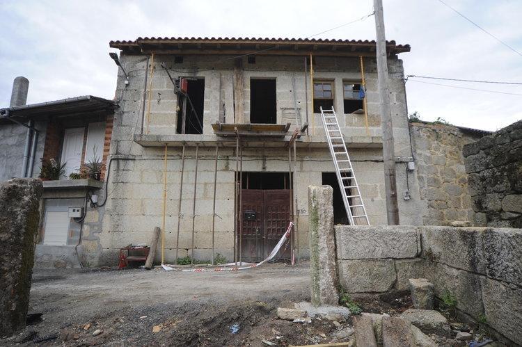 Las ayudas para rehabilitar casas atraen vecinos a cenlle - Rehabilitacion casas rurales ...