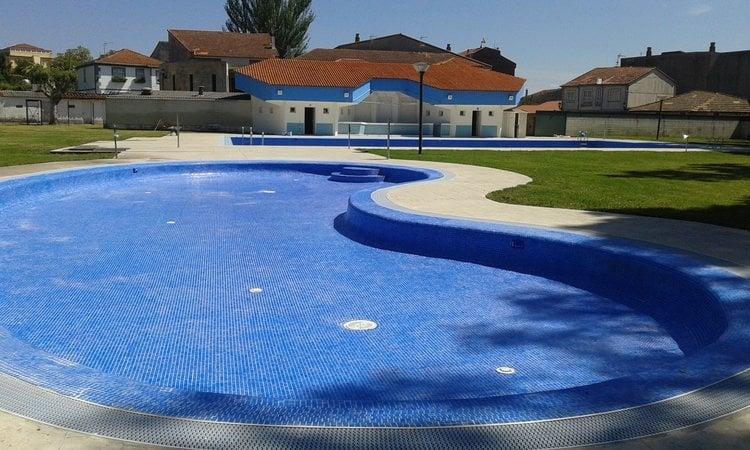 Las piscinas celanovesas abrir n para san juan celanova for Piscinas en ourense
