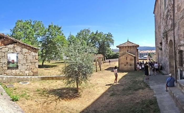 La oficina de turismo atendi m s de visitas en for Oficina turismo ourense