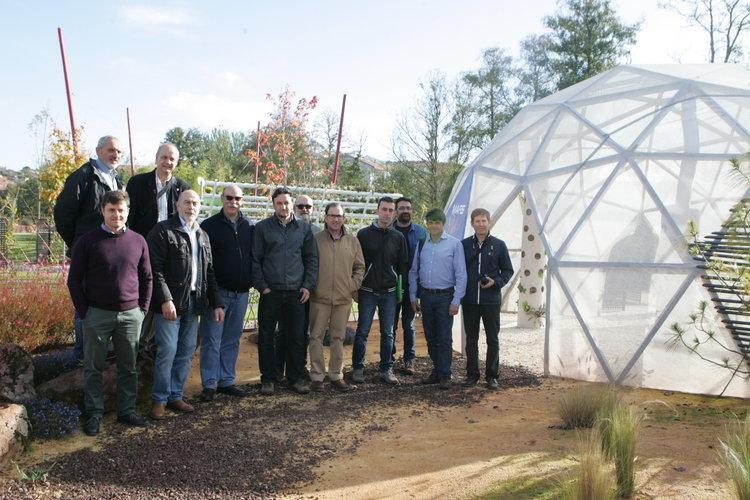 Las empresas de jardiner a reivindican su papel curativo for Empresas de jardineria