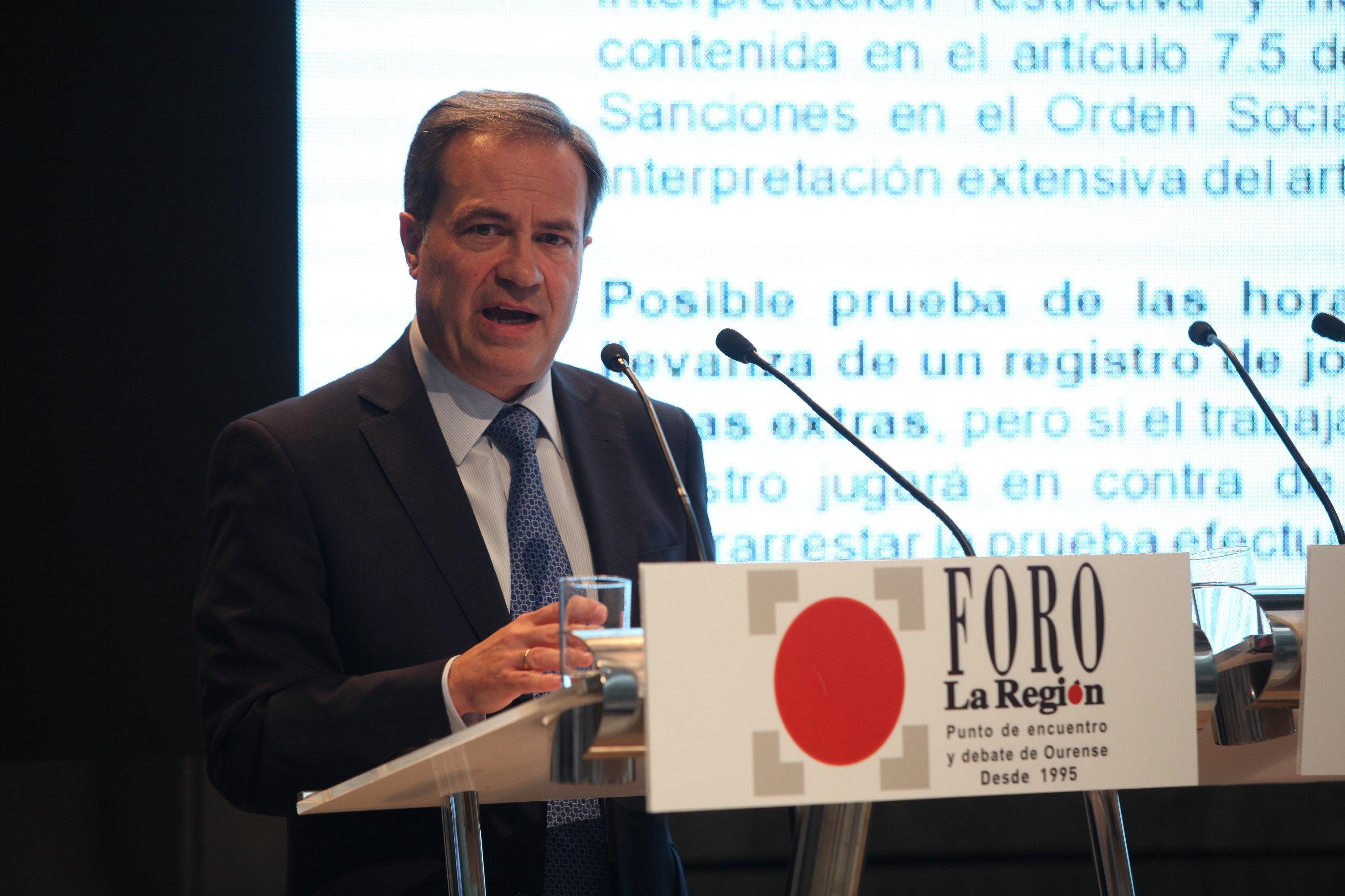 El socio y director de Sagardoy Abogados, Martín Godino Reyes, señaló, en el recinto ferial de Expourense, dentro de Foro la Región, que la actual realidad laboral española, con un […]