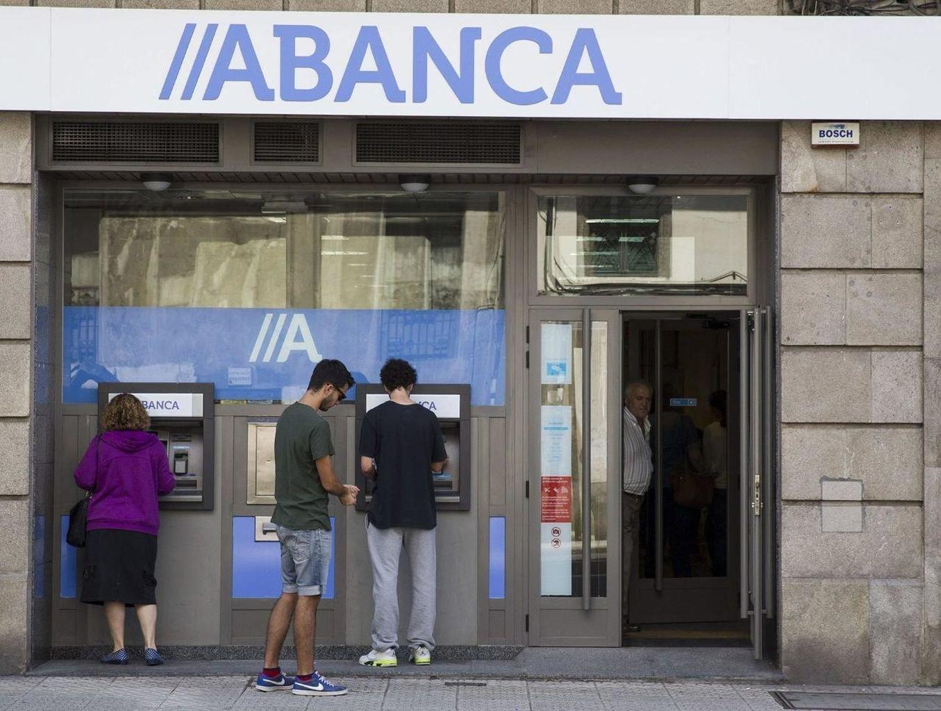 Abanca fortalece su posici n de liderazgo bancario gallego for Oficinas abanca ourense