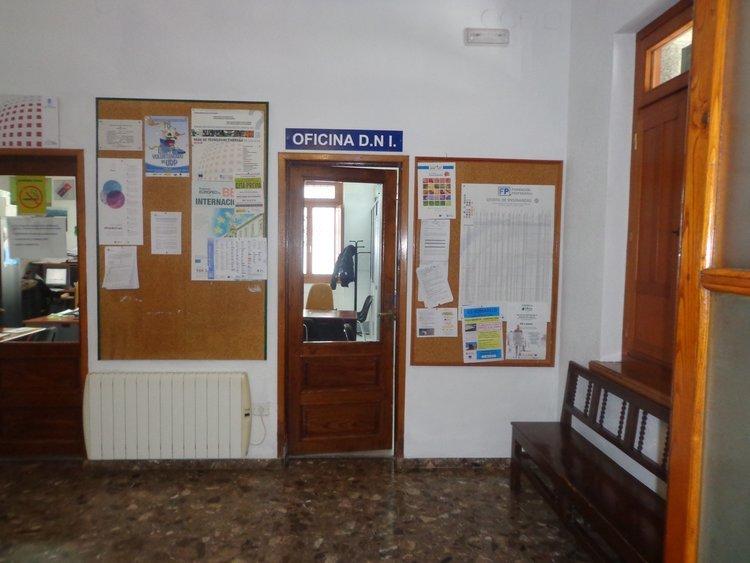 Sin fecha fija para poder renovar el dni en o barco for Oficinas renovacion dni
