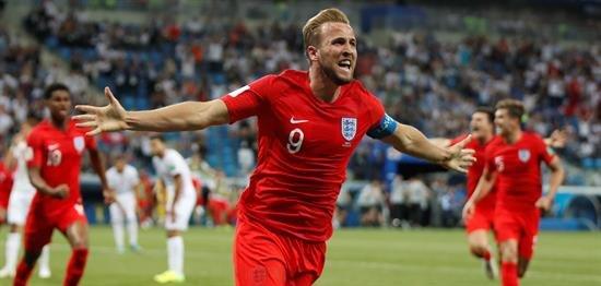 Harry Kane desatasca a Inglaterra
