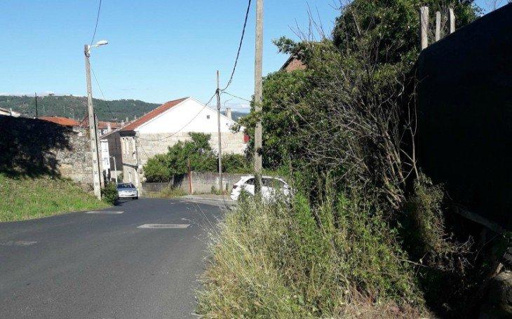 Peligro para los peatones  en la rúa Guizamonde
