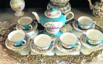 """Porcelana con """"inspiración francesa"""