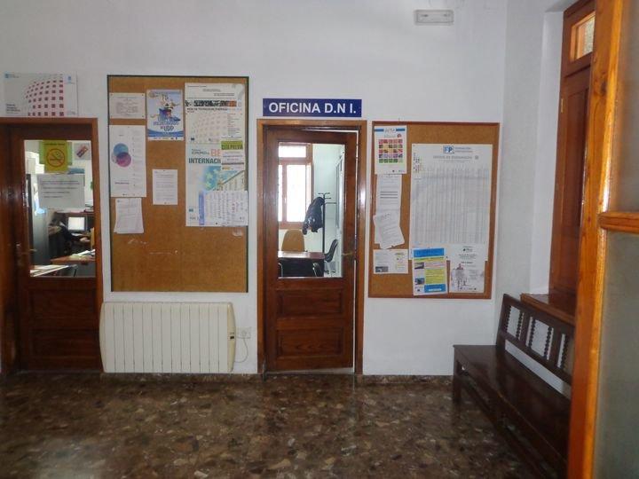 Oficina que ocupa la unidad itinerante de la Policía Nacional.