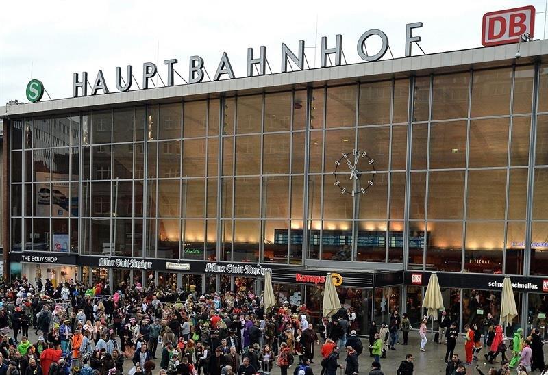 Una toma de rehenes activa las alertas cerca de la principal estación de tren de Colonia