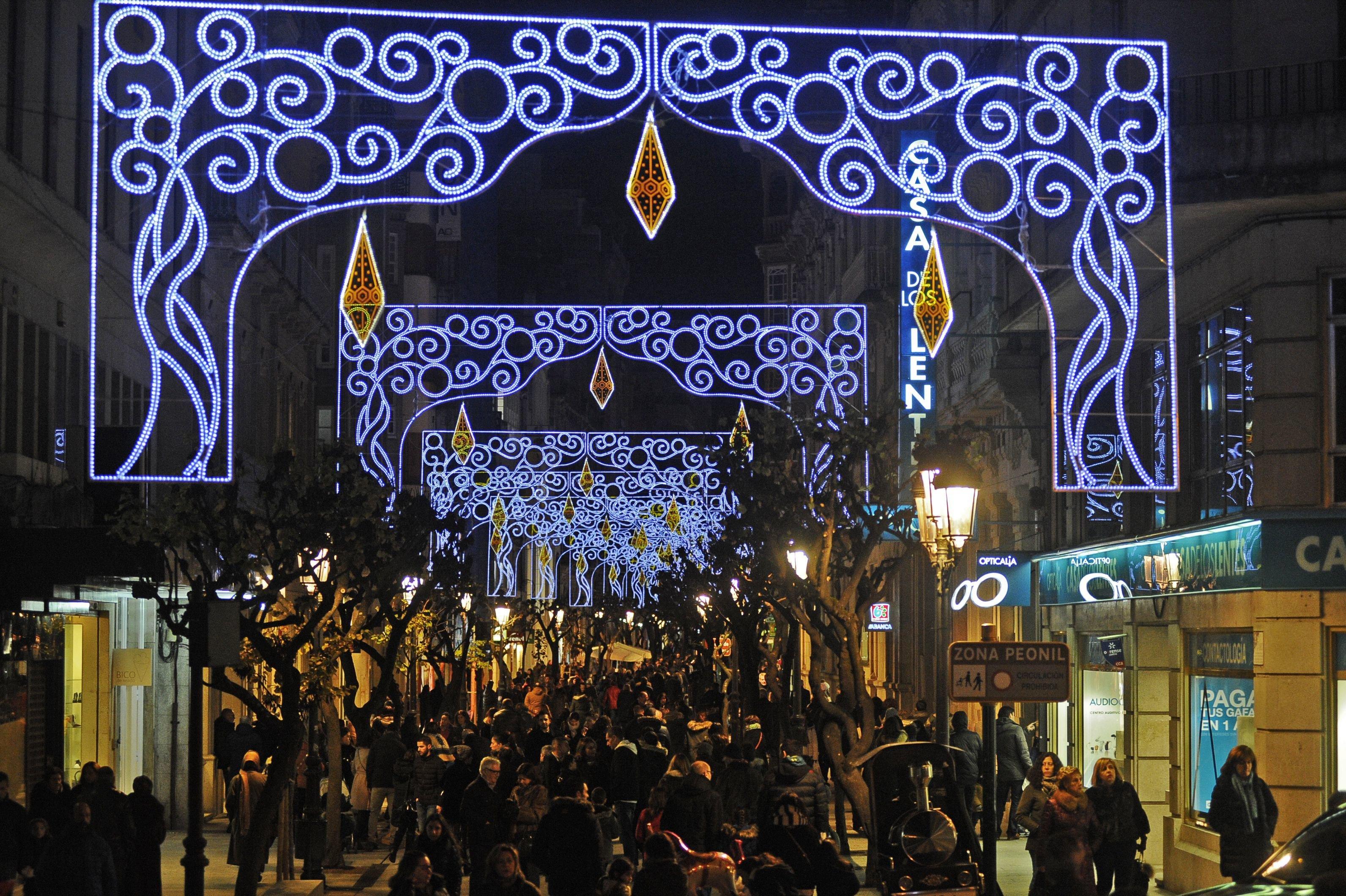 c852f84dd04 Iluminación navideña en la rúa do Paseo