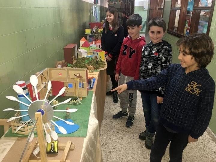 Exposición de circuitos eléctricos