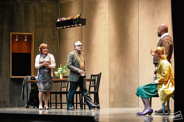 Un dilema familiar sobre la muerte de los padres en el Teatro Principal