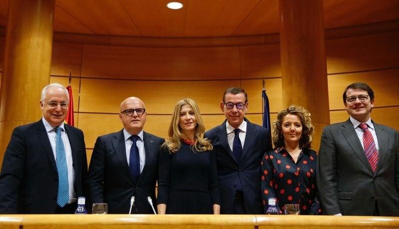 José Ignacio Ceniceros, Manuel Baltar, Mar Vaquero, Antonio Clemente, Teresa Mallada y Alfonso Fernández Mañueco, este martes en el Senado.