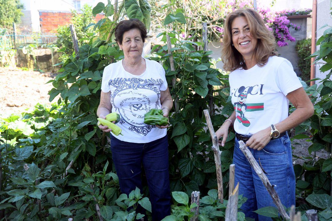 OURENSE 11/07/2020.- Jornada de reflexión de Marisoñ Mouteira cons su madre Veneranda Mouteira. José Paz